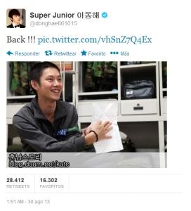 Donghae anunciando la vuelta de Heechul